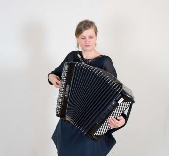 Instrumente Stellen Sich Vor Akkordeon Musivana Zita Martus
